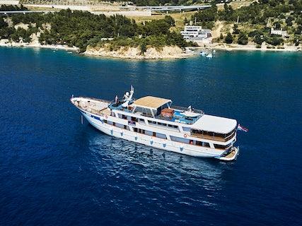 Premier Plus Ship