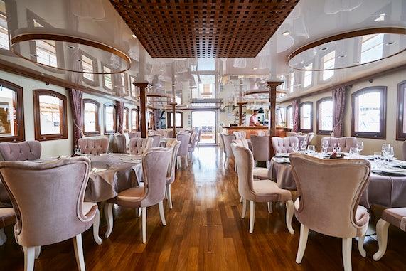 MS Queen Jelena Dining Salon