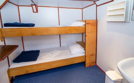 Standard Ships Cabins