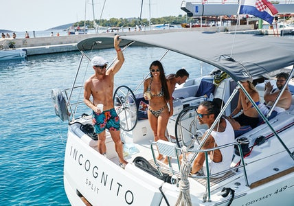Under 39's Yacht Tours Group Special