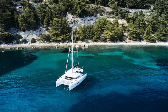 Catamaran Charter Size