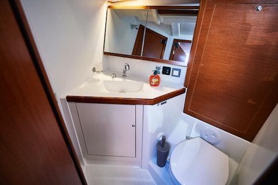 Libertines Bathroom