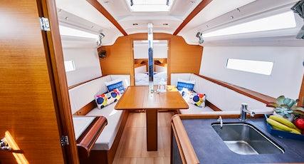 Sun Odyssey 349 interior view