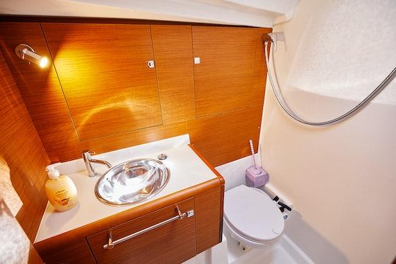 Maricas Bathroom